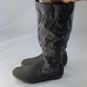 Cushe Gray Re Flex Quilted Tall Boots 7